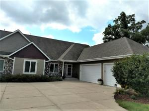 Property for sale at W314N352 Lara Ln Unit: 402, Delafield,  WI 53018