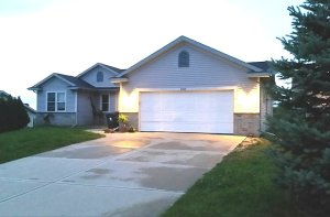 Property for sale at W1422 Valley View Ct, Ixonia,  WI 53036