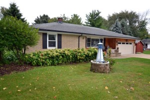 Property for sale at 683 N Lapham St, Oconomowoc,  WI 53066