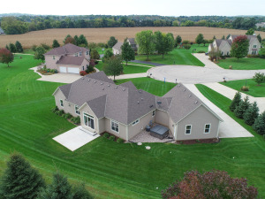 Property for sale at N75W28360 Stillwater Ct, Hartland,  WI 53029