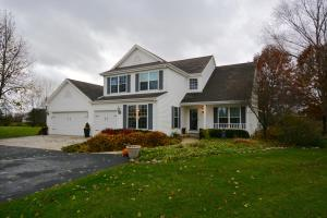Property for sale at 2537 Grove Ct, Delafield,  WI 53018