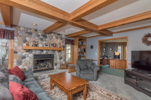 Property for sale at 795 Greenway Ter, Hartland,  WI 53029