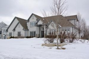 Property for sale at N36W23460 Oak Hill Ln, Pewaukee,  WI 53072