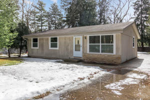 Property for sale at 524 Anderson Dr, Delafield,  WI 53018
