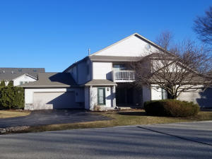 Property for sale at 2221 Circle Rdg Unit: C, Delafield,  WI 53018