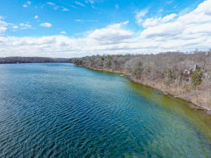 Property for sale at 2653 N Mill Rd, Summit,  Wisconsin 53066