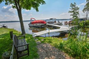 Property for sale at 2129 W Shore Dr, Delafield,  WI 53018