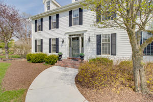 Property for sale at 1483 Saint Andrews Dr, Oconomowoc,  WI 53066