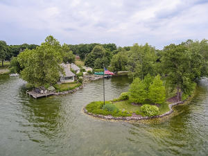 Property for sale at 4560 W Beach Rd, Oconomowoc,  Wisconsin 53066
