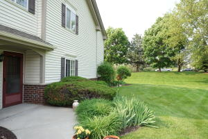 Property for sale at 664 Pewaukee Rd Unit: D, Pewaukee,  WI 53072