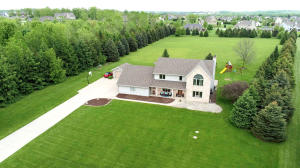 Property for sale at W281N8552 Hideaway Dr, Hartland,  WI 53029