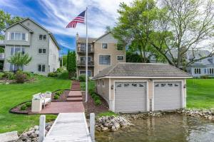 Property for sale at N20W29538 E Glen Cove Rd, Pewaukee,  WI 53072