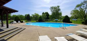 Property for sale at 307 Park Hill Dr Unit: B, Pewaukee,  Wisconsin 53072