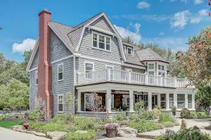 Property for sale at 472 Lac La Belle Dr, Oconomowoc,  Wisconsin 53066