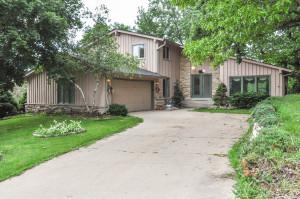 Property for sale at 740 Canterbury Cir, Hartland,  Wisconsin 53029