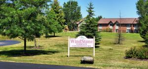 Property for sale at 520 Windstone Dr Unit: 202, Hartland,  Wisconsin 53029