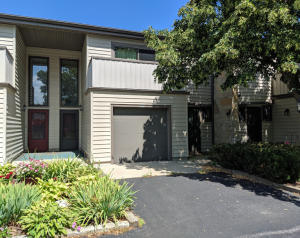 Property for sale at 965 Armour Rd, Oconomowoc,  Wisconsin 53066