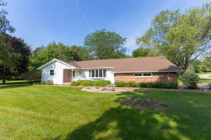 Property for sale at N7941 Lac Labelle Dr, Oconomowoc,  Wisconsin 53066