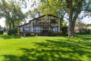 Property for sale at N56W39214 Lakeview Ln, Oconomowoc,  Wisconsin 53066