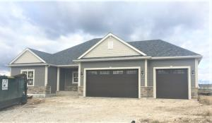 Property for sale at 3054 Mendota Dr, Summit,  Wisconsin 53066