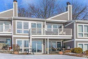 Property for sale at N27W29909 Maple Ave Unit: 5, Pewaukee,  Wisconsin 53072