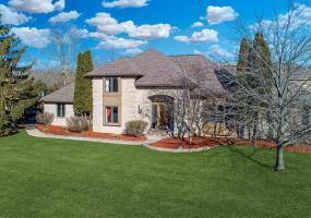 6420 Island Lake Drive, East Lansing, MI 48823, 6 Bedrooms Bedrooms, ,5 BathroomsBathrooms,Residential,For Sale,Island Lake,234785