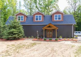 10390 Apple Blossom Lane, Grand Ledge, MI 48837, 2 Bedrooms Bedrooms, ,2 BathroomsBathrooms,Residential,For Sale,Apple Blossom,228081