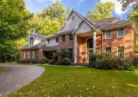 3700 Beech Tree Lane, Okemos, MI 48864, 5 Bedrooms Bedrooms, ,4 BathroomsBathrooms,Residential,For Sale,Beech Tree,241673