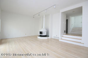 82 Reids Hill Road, Morganville, NJ 07751