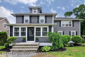 Welcome to 42 Silverton! You will love this home that the homeowners have diligently renovated to keep the charm of this colonial