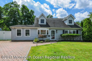 40 Appleton Drive, Hazlet, NJ 07730