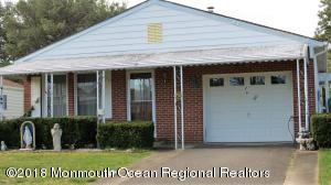 21 Speighstown Place, Toms River, NJ 08757