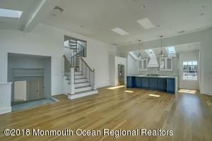 68A W Front Street, Red Bank, NJ 07701
