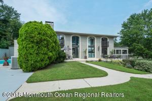 Property for sale at 1 Jaywood Manor Drive, Brick,  New Jersey 08724