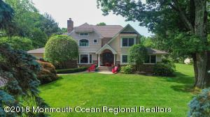 20 Alexander Drive, Red Bank, NJ 07701