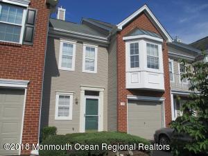 10 Charles Court, Ocean Twp, NJ 07712