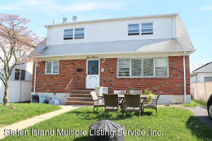315 Delaware Avenue, Staten Island, NY 10305