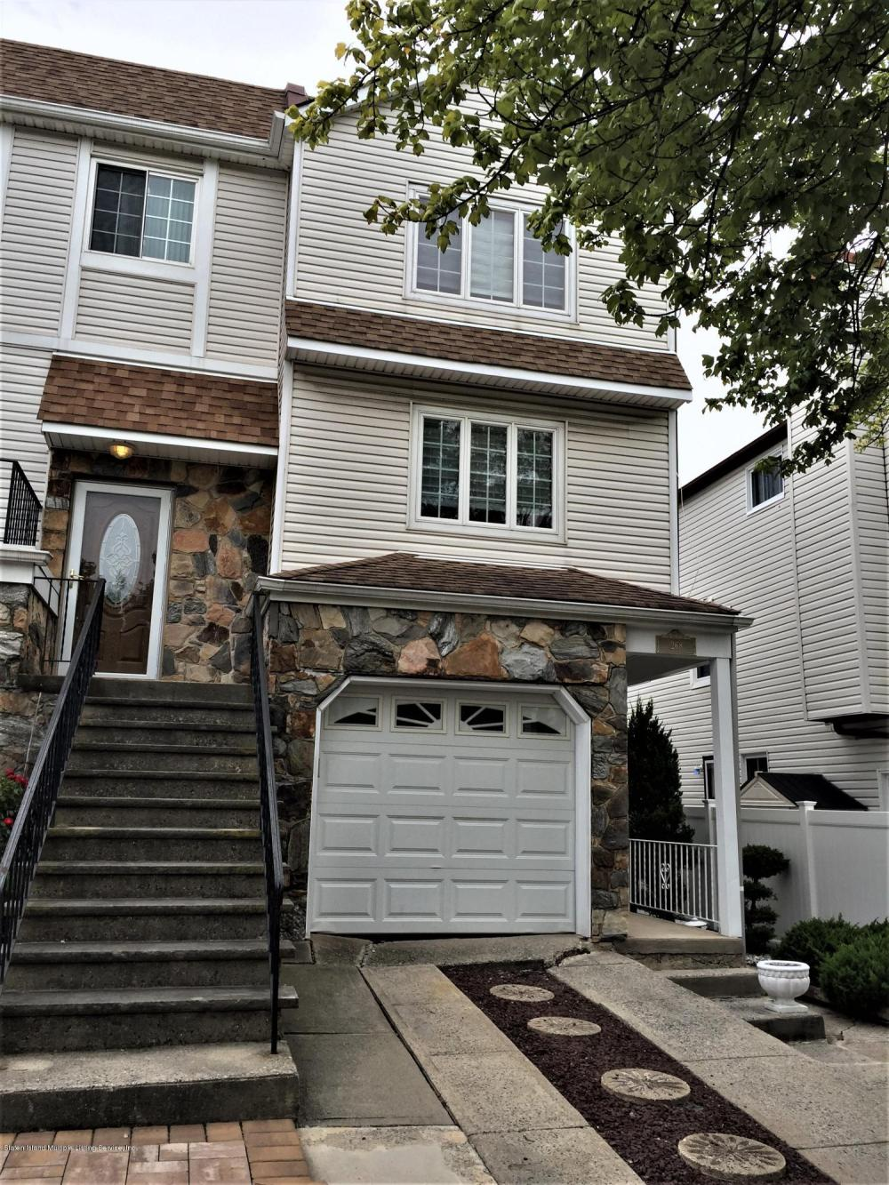 268 Monahan Avenue,Staten Island,New York,10314,United States,3 Bedrooms Bedrooms,7 Rooms Rooms,3 BathroomsBathrooms,Residential,Monahan,1124113