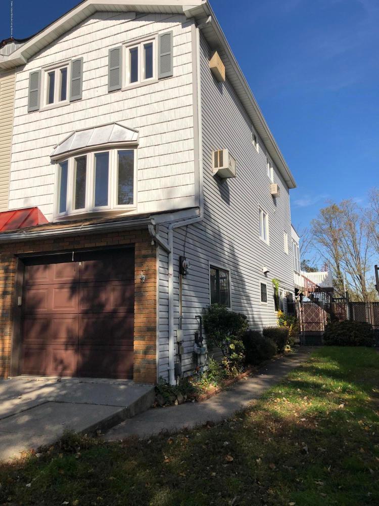 467 Stobe Avenue,Staten Island,New York,10306,United States,4 Bedrooms Bedrooms,7 Rooms Rooms,3 BathroomsBathrooms,Res-Rental,Stobe,1124116