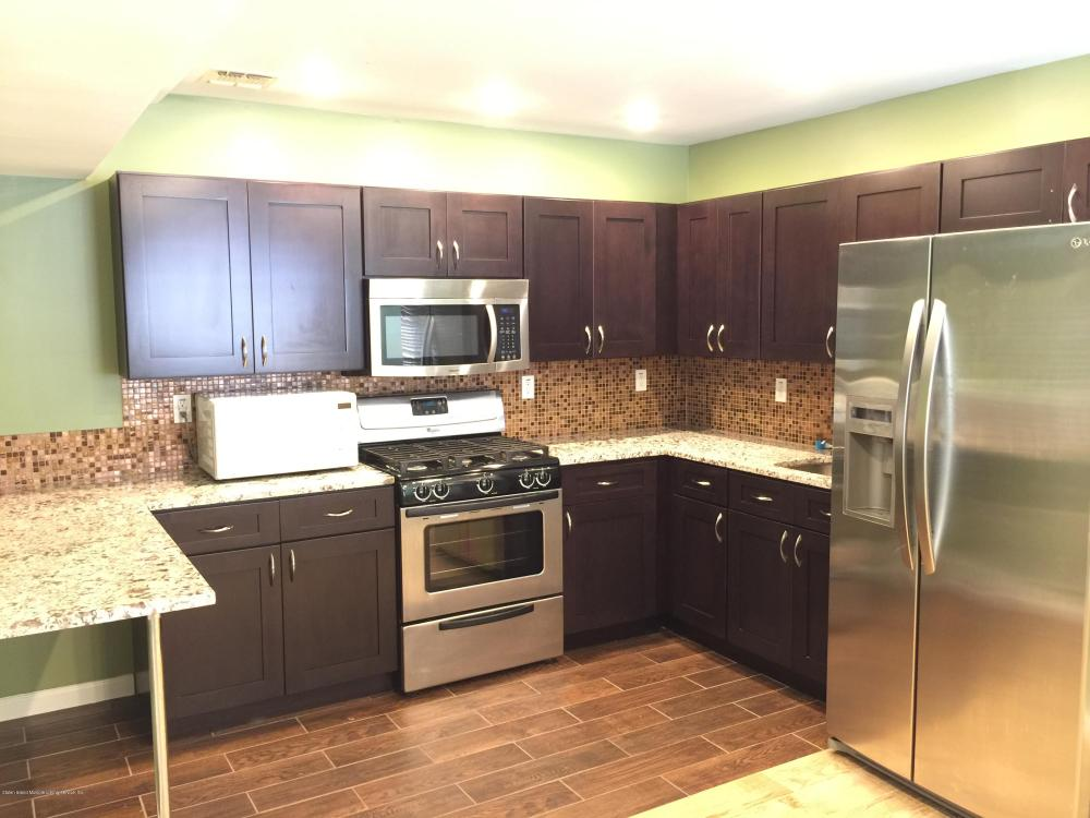 B 6 Garibaldi Avenue,Staten Island,New York,10301,United States,1 Bedroom Bedrooms,3 Rooms Rooms,1 BathroomBathrooms,Res-Rental,Garibaldi,1124125