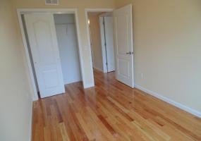 104 Milton Avenue,Staten Island,New York,10306,United States,2 Bedrooms Bedrooms,5 Rooms Rooms,2 BathroomsBathrooms,Res-Rental,Milton,1124142