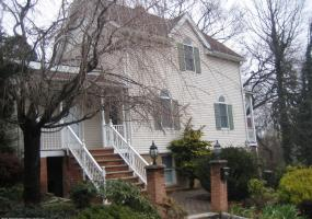 1 50 Ridgefield Avenue,Staten Island,New York,10304,United States,5 Bedrooms Bedrooms,9 Rooms Rooms,2 BathroomsBathrooms,Res-Rental,Ridgefield,1124262
