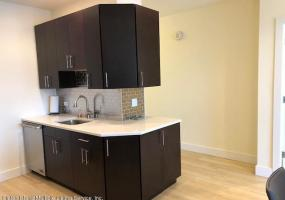 9-D 80 Bay Street Landing,Staten Island,New York,10301,United States,1 Bedroom Bedrooms,4 Rooms Rooms,2 BathroomsBathrooms,Residential,Bay Street,1124274