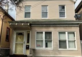 145 Hylan Boulevard,Staten Island,New York,10305,United States,3 Bedrooms Bedrooms,6 Rooms Rooms,2 BathroomsBathrooms,Residential,Hylan,1124327