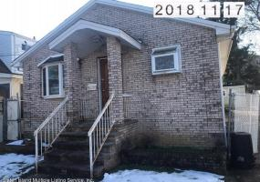 36 Tillman Street Staten Island,New York,10314,United States,2 Bedrooms Bedrooms,5 Rooms Rooms,2 BathroomsBathrooms,Residential,Tillman Street,1124376