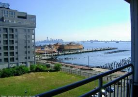 8b 80 Bay St Landing,Staten Island,New York,10301,United States,1 Bedroom Bedrooms,3 Rooms Rooms,1 BathroomBathrooms,Residential,Bay St,1124396
