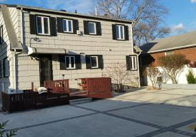 1 38 Alpine Court,Staten Island,New York,10310,United States,2 Bedrooms Bedrooms,5 Rooms Rooms,1 BathroomBathrooms,Res-Rental,Alpine,1124417