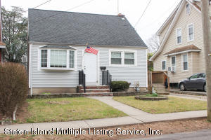 365 Cheves Avenue, Staten Island, NY 10314