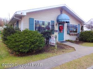 418 Roseto Ave, Bangor, PA 18013