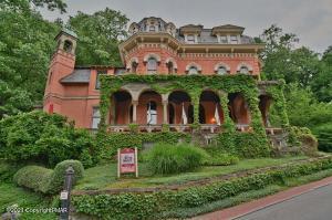 19 Packer Hill, Jim Thorpe, PA 18229